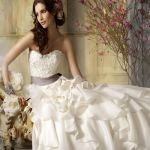 Подробнее: Свадебные платья