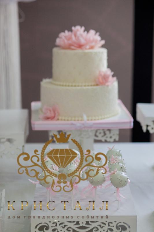 svadba-tort-dvuhyarusnuy