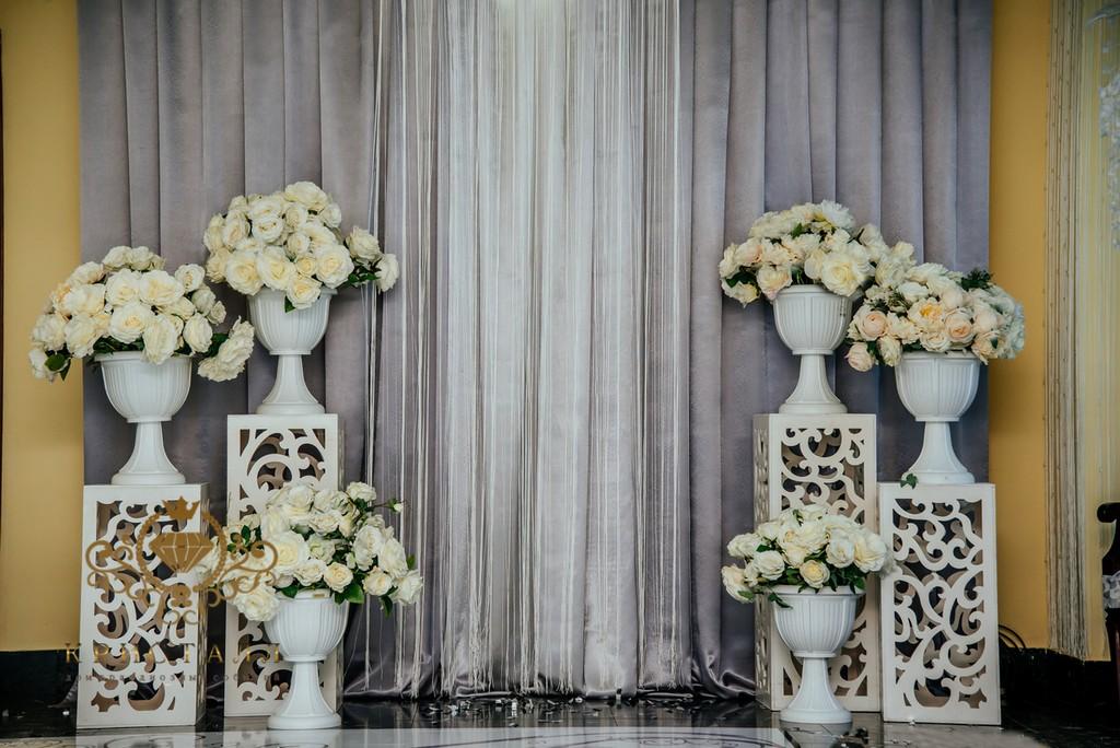 svdba-kolonu-cvetu-arka