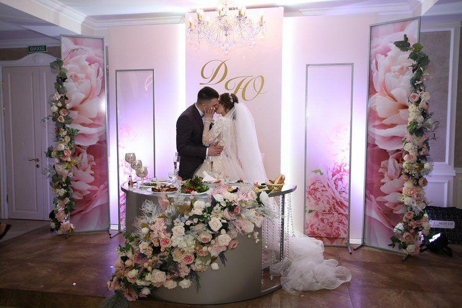 rozovaya-svadba-nikolaev